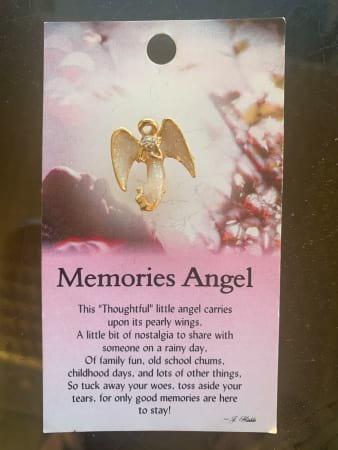 Memories Angel Pin
