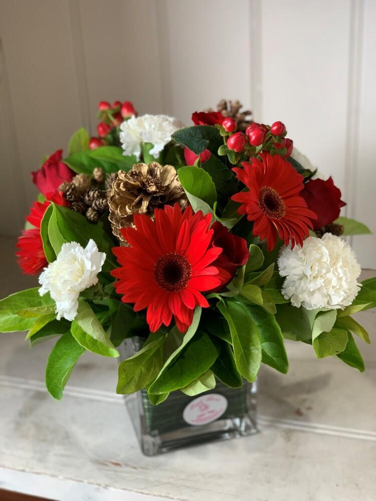Christmas Festive Seasonal Floral Arrangement